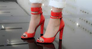 Chaussures à brides 9